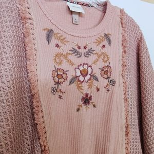 Knox Rose Sweaters - Knox Rose Pink Long Sleeve Embroidered Sweater M